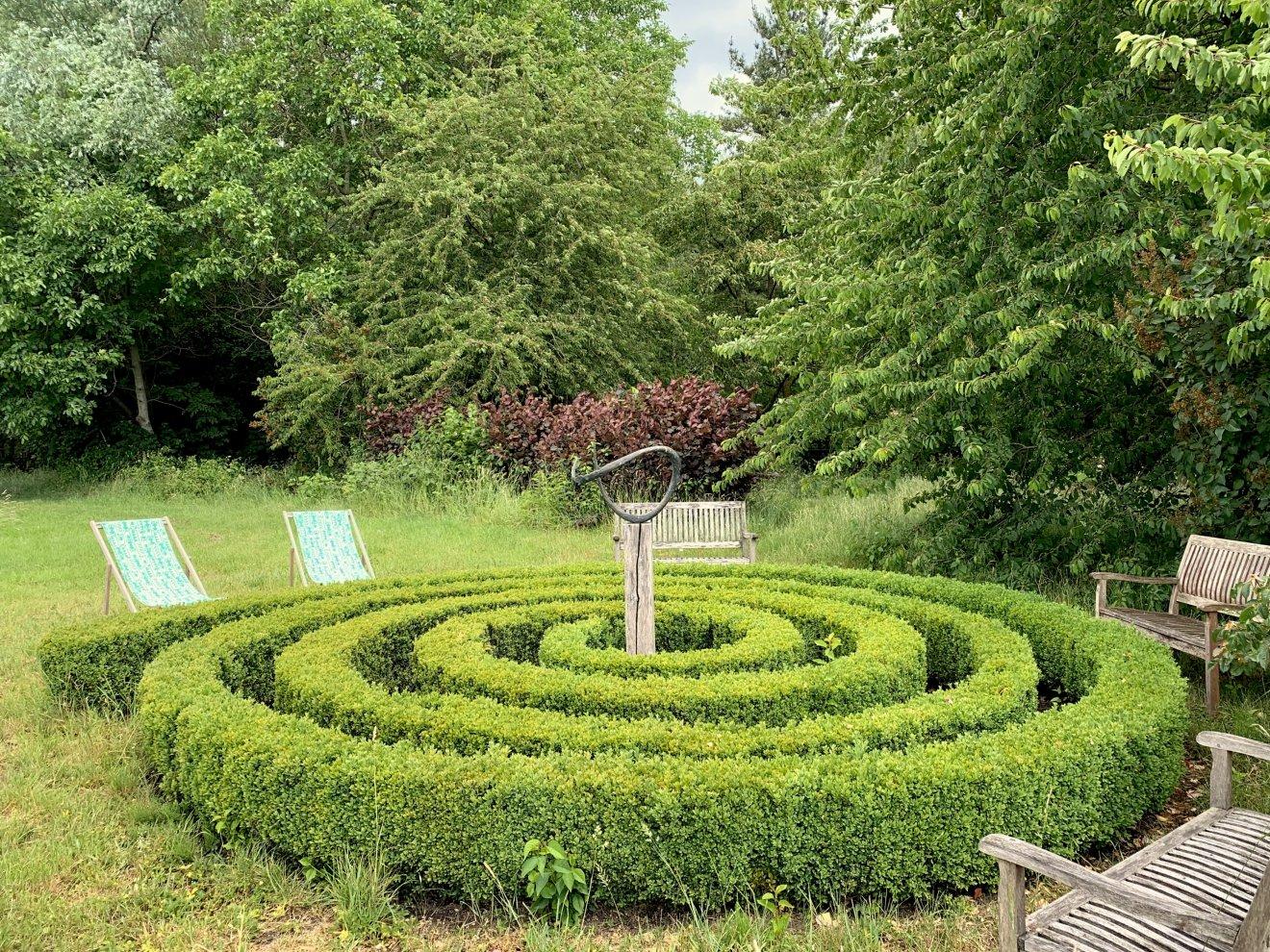 Buchsbaumspirale_Outdoor-Yoga